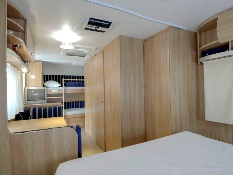 Caravan - lounge and beds