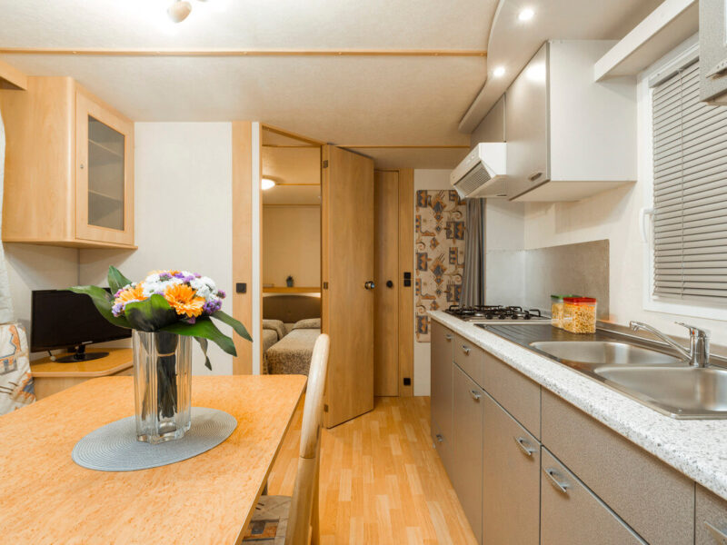 Caravan - dining room with kitchen